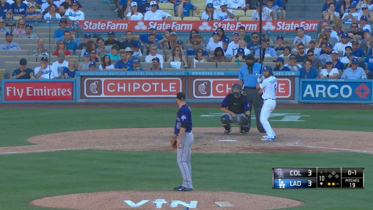 Dodgers fittingly walk off for Vin Scully with division clinching win