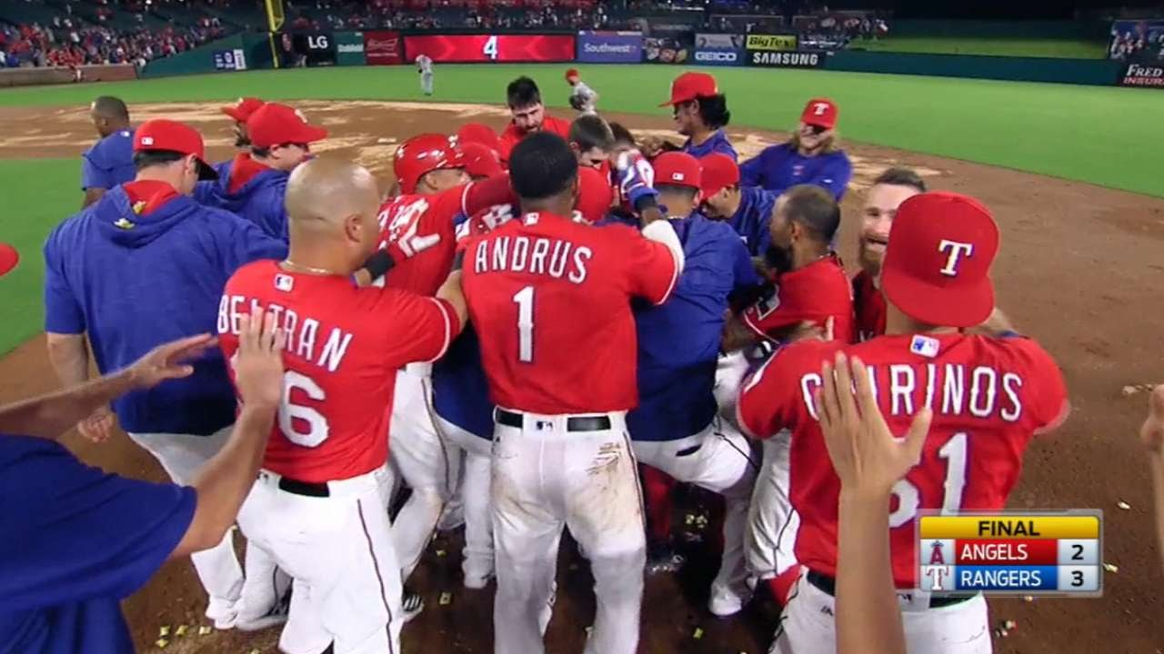 Ian Desmond slashes walk off single for the Texas Rangers