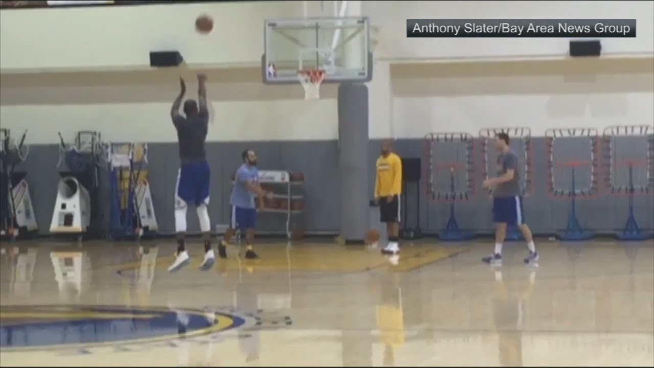 Kevin Durant & Klay Thompson nail jump shots for 75 Seconds without missing