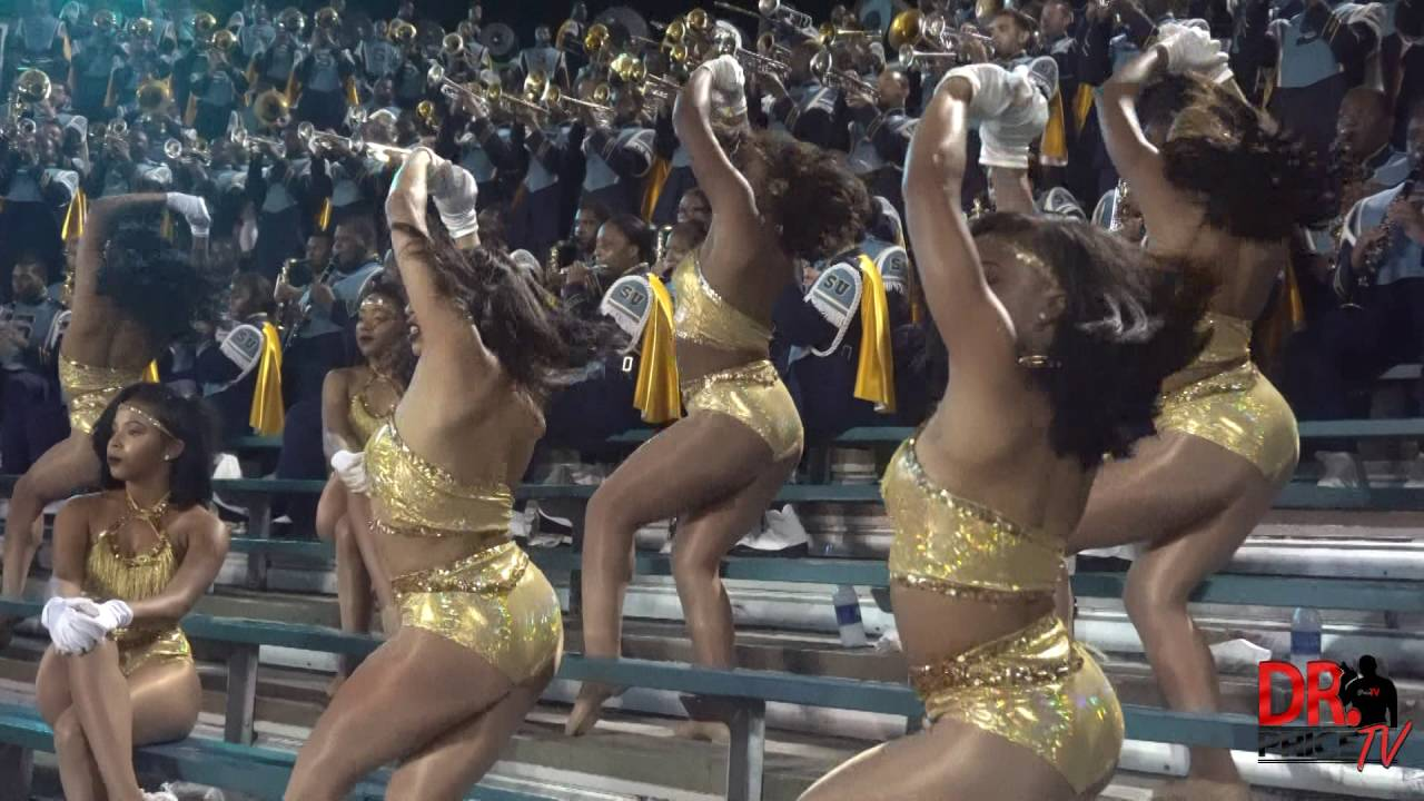 Southern University brings out the Marching Band & Dancing Dolls to Drake