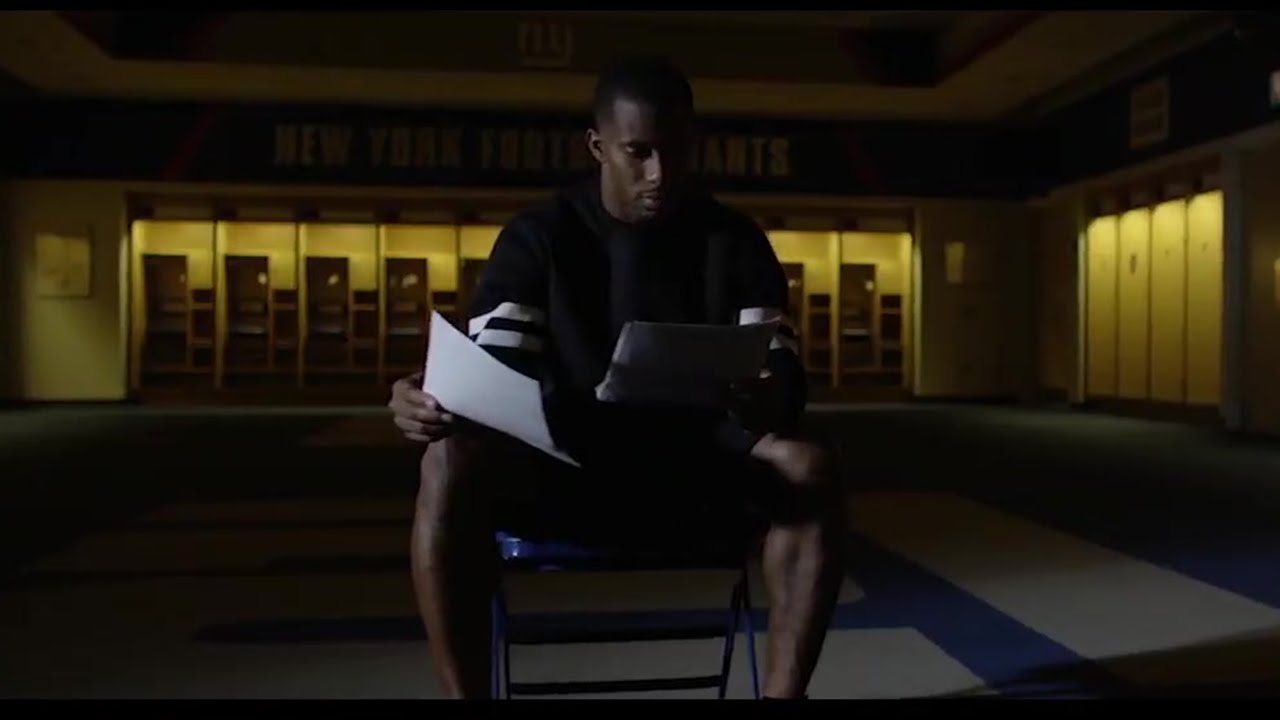 Victor Cruz's emotional reading of letters sent to the Giants after 9/11