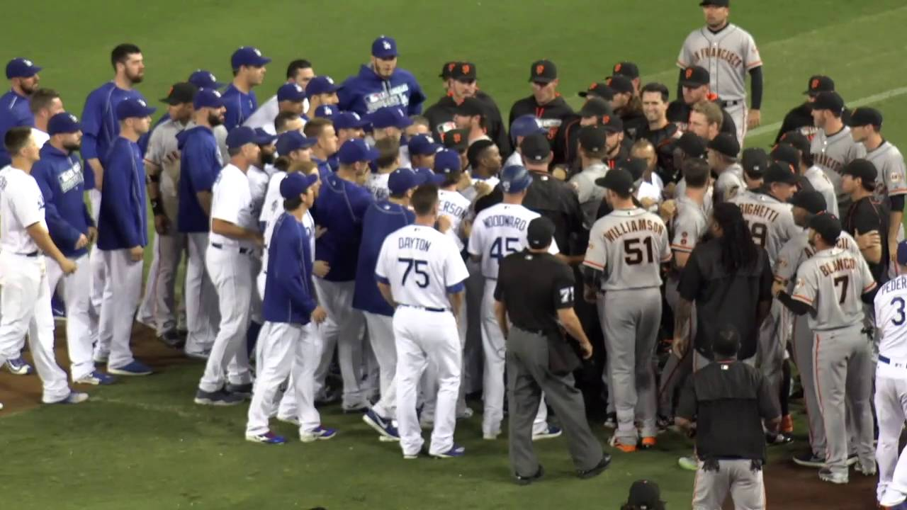 Yasiel Puig & Madison Bumgarner stare down causes benches to clear