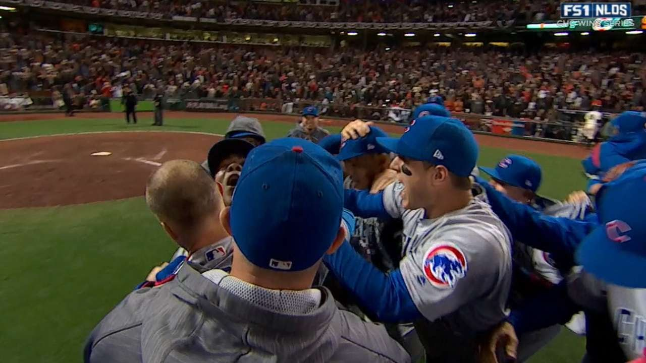 Cubs advance to NLCS after defeating the Giants 6-5