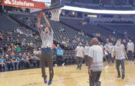 Fanatics View Live in Denver: Dirk Nowitzki throws down the slam dunk