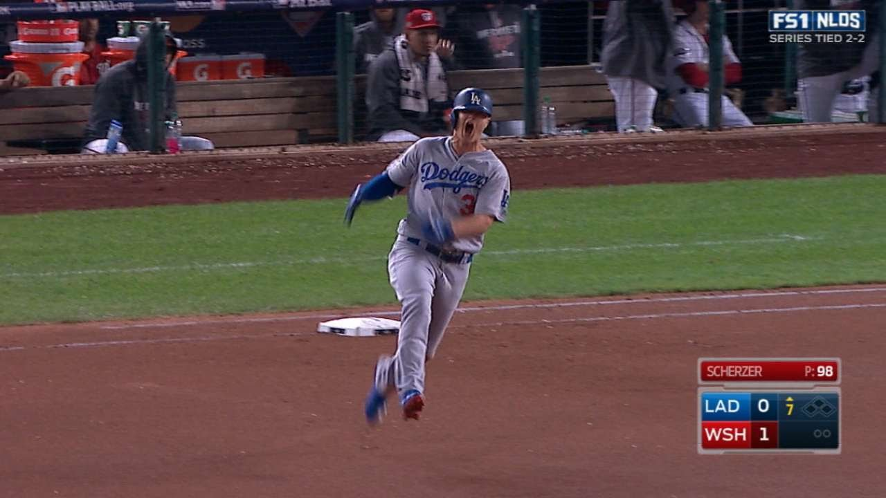 Joc Perderon hammers game tying home run for the Dodgers