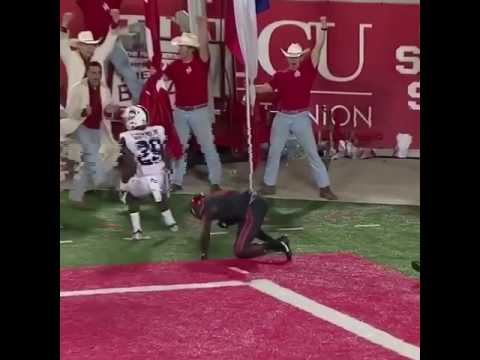 Linell Bonner makes an amazing one handed catch for Houston Cougars