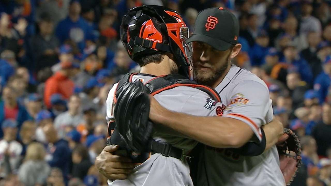 Madison Bumgarner records final out for the Giants in NL Wild Card