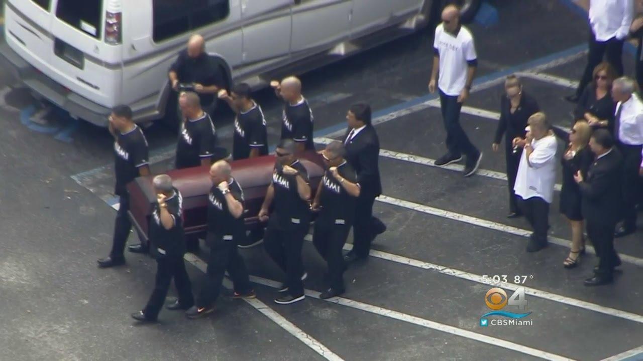 R.I.P. Jose Fernandez: Fans & family mourn Jose Fernandez at Miami funeral
