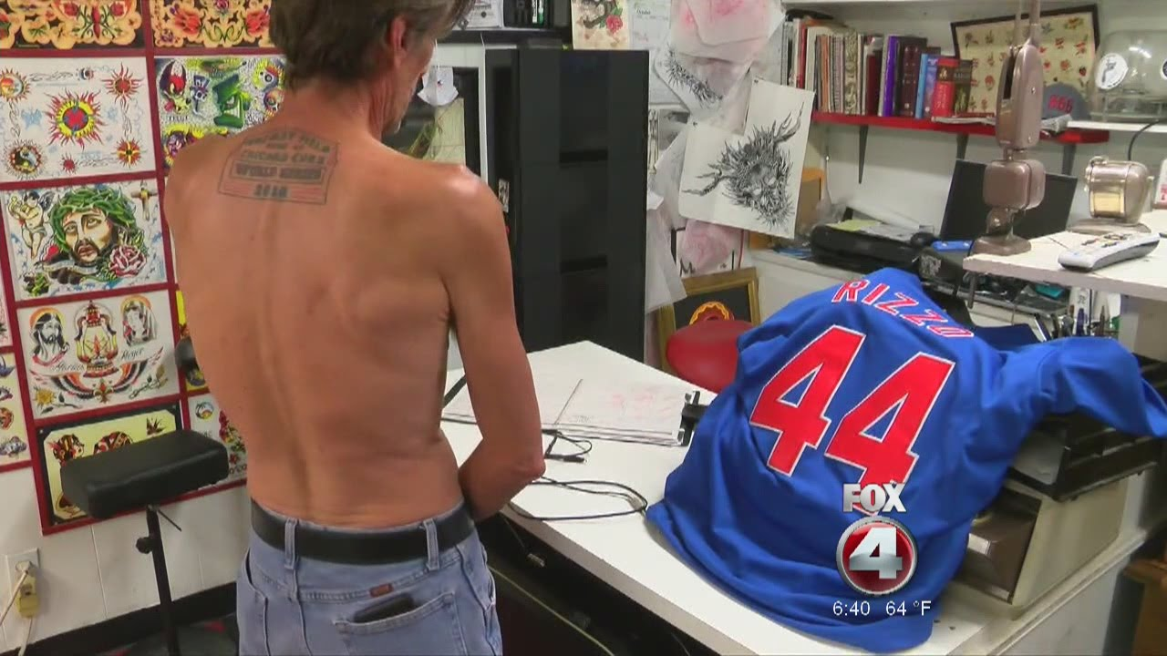 Chicago Cubs fan updates his World Series Cubs tattoo