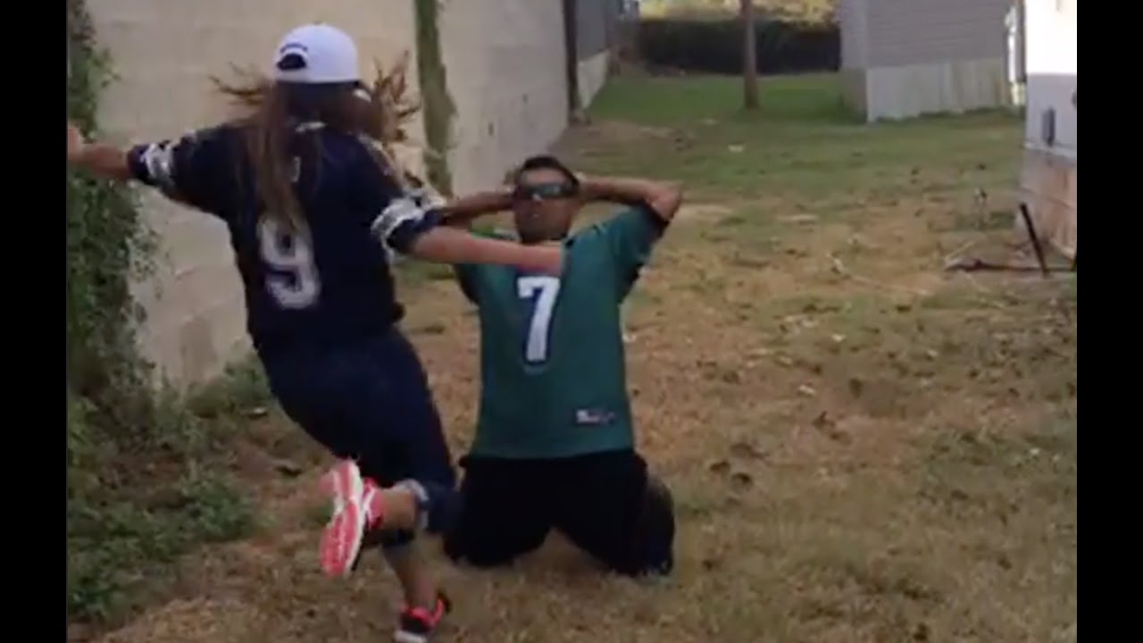 Eagles fan gets kicked in the balls by Cowboys fan for losing bet