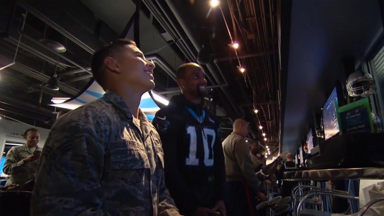 Ron Rivera & the Carolina Panthers show appreciation to the Military