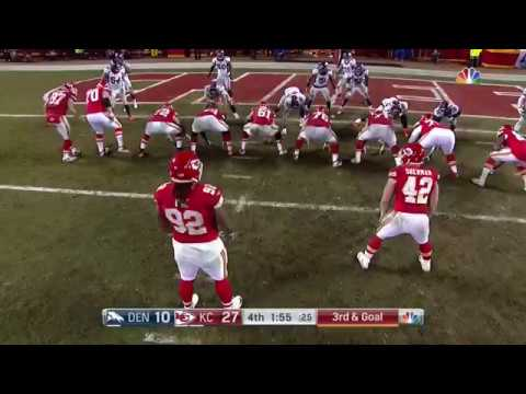 Chiefs 300+ LB defensive lineman Dontari Poe throws jump pass TD