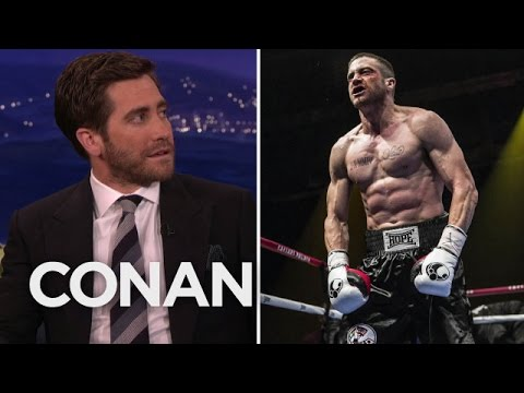 Jake Gyllenhaal says Ronda Rousey would kick his ass