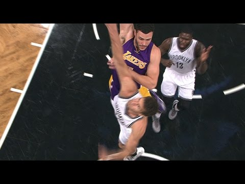 Larry Nance with the ferocious poster slam on Brook Lopez in Brooklyn