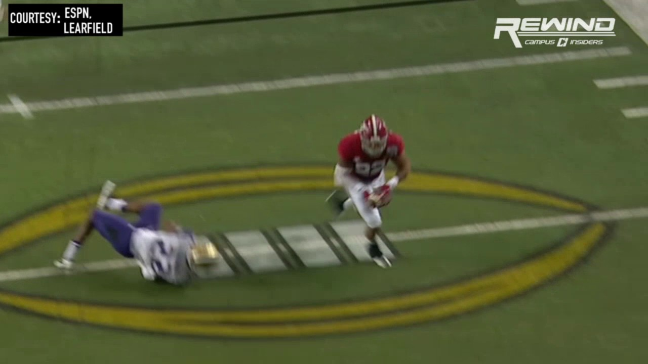 Alabama's Ryan Anderson returns an interception for a touchdown vs. Washington
