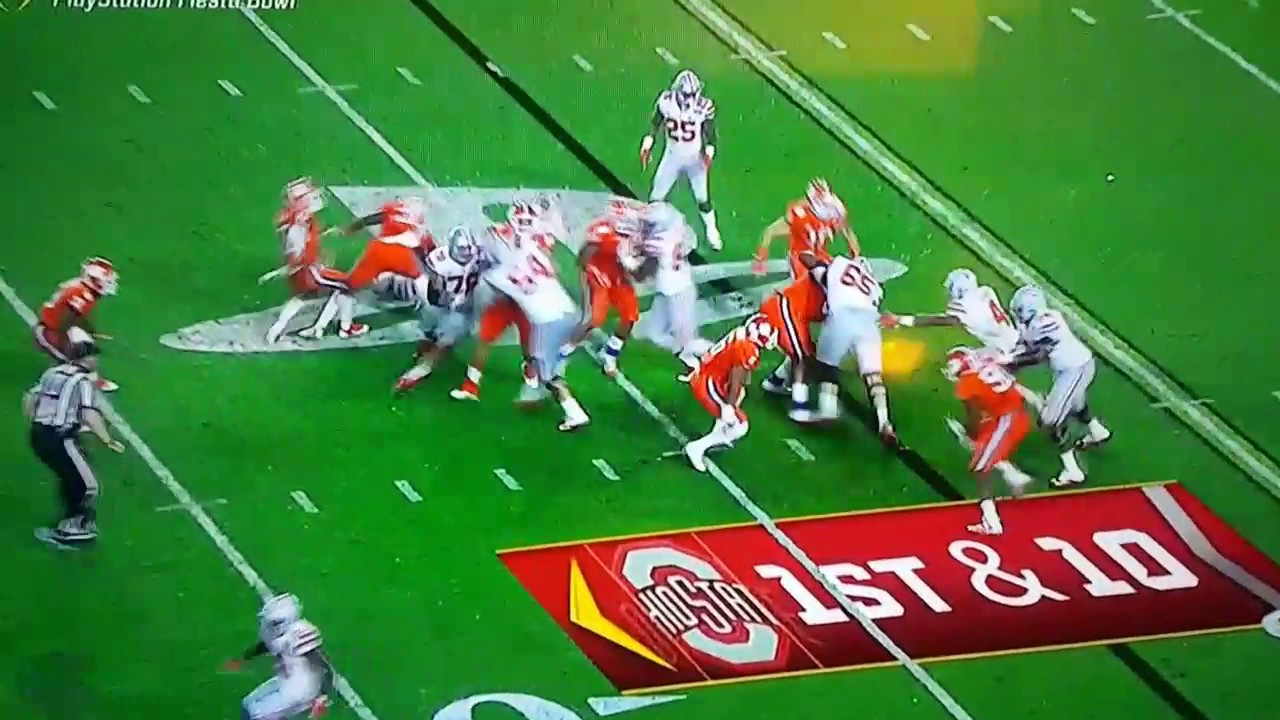 Clemson's Christian Wilkins grabs OSU's Curtis Samuels by the junk?