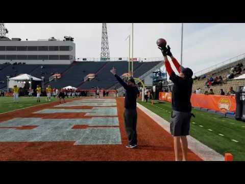 Sefo Liufau, Nate Peterman & C.J. Beathard work on end zone throws at 2017 Senior Bowl