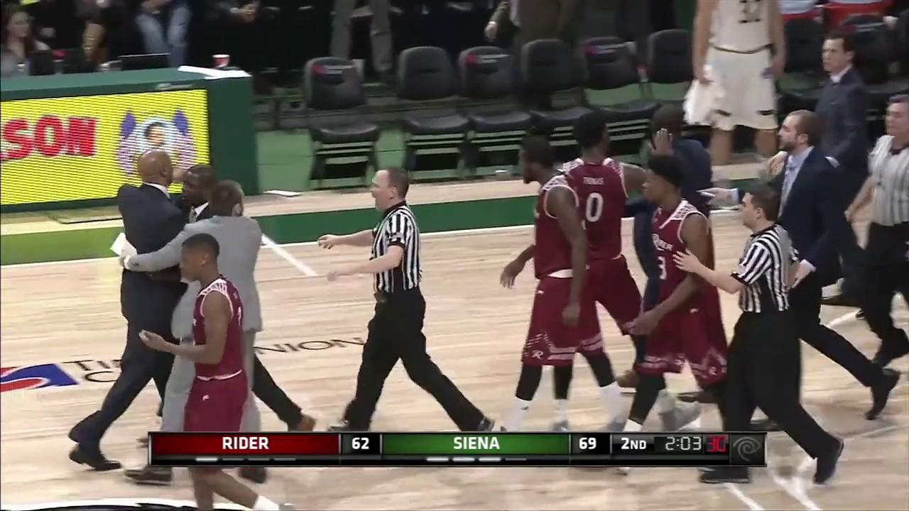 Siena vs Rider fight leads to invisible post-game handshakes