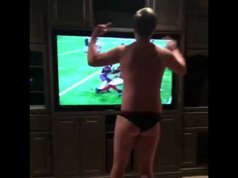 Atlanta Falcons fan loses his mind & his clothes over Super Bowl loss