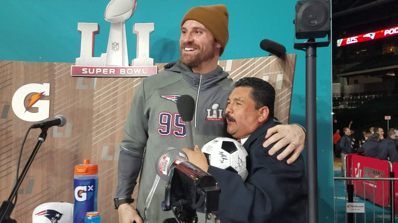Chris Long gets interviewed by Guillermo Rodriguez (FV Exclusive)