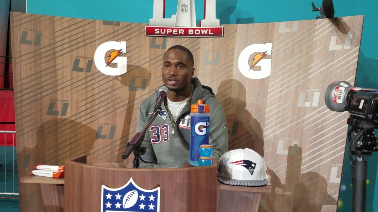 Dion Lewis says no extra Patriots motivation by Tom Brady's suspension (FV Exclusive)
