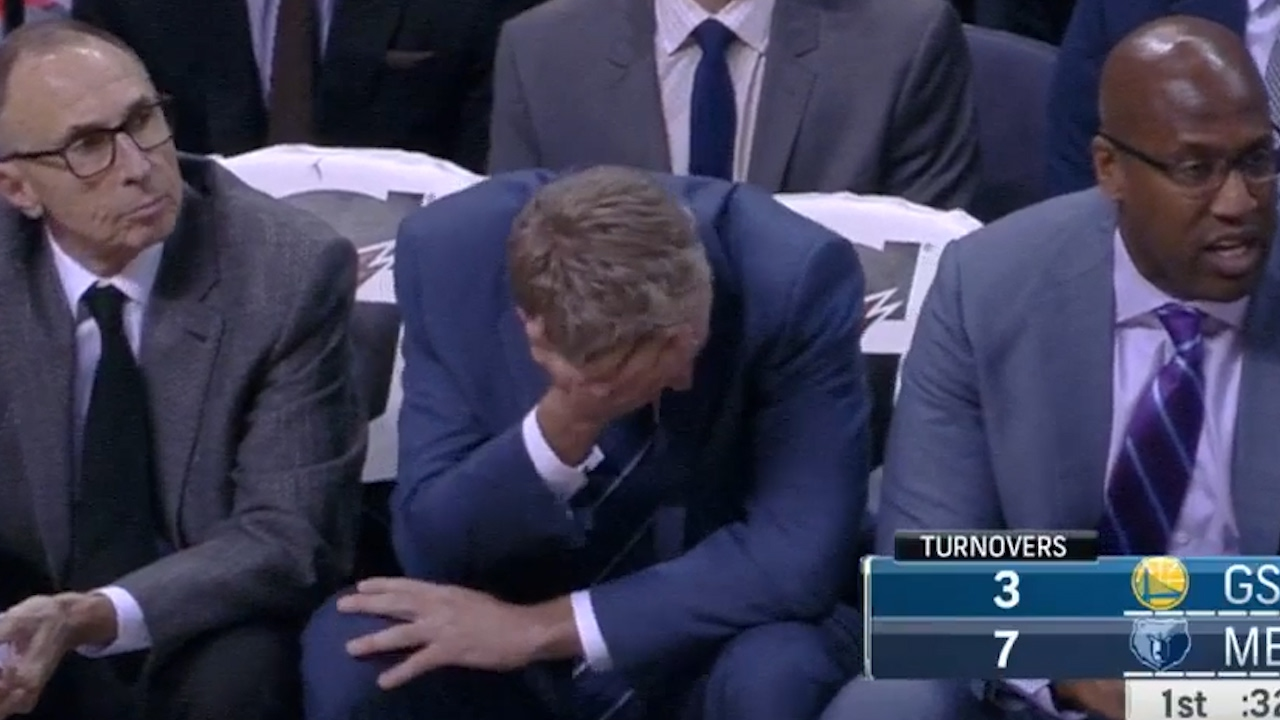 Steve Kerr with a priceless reaction after Steph Curry's wild behind the back pass
