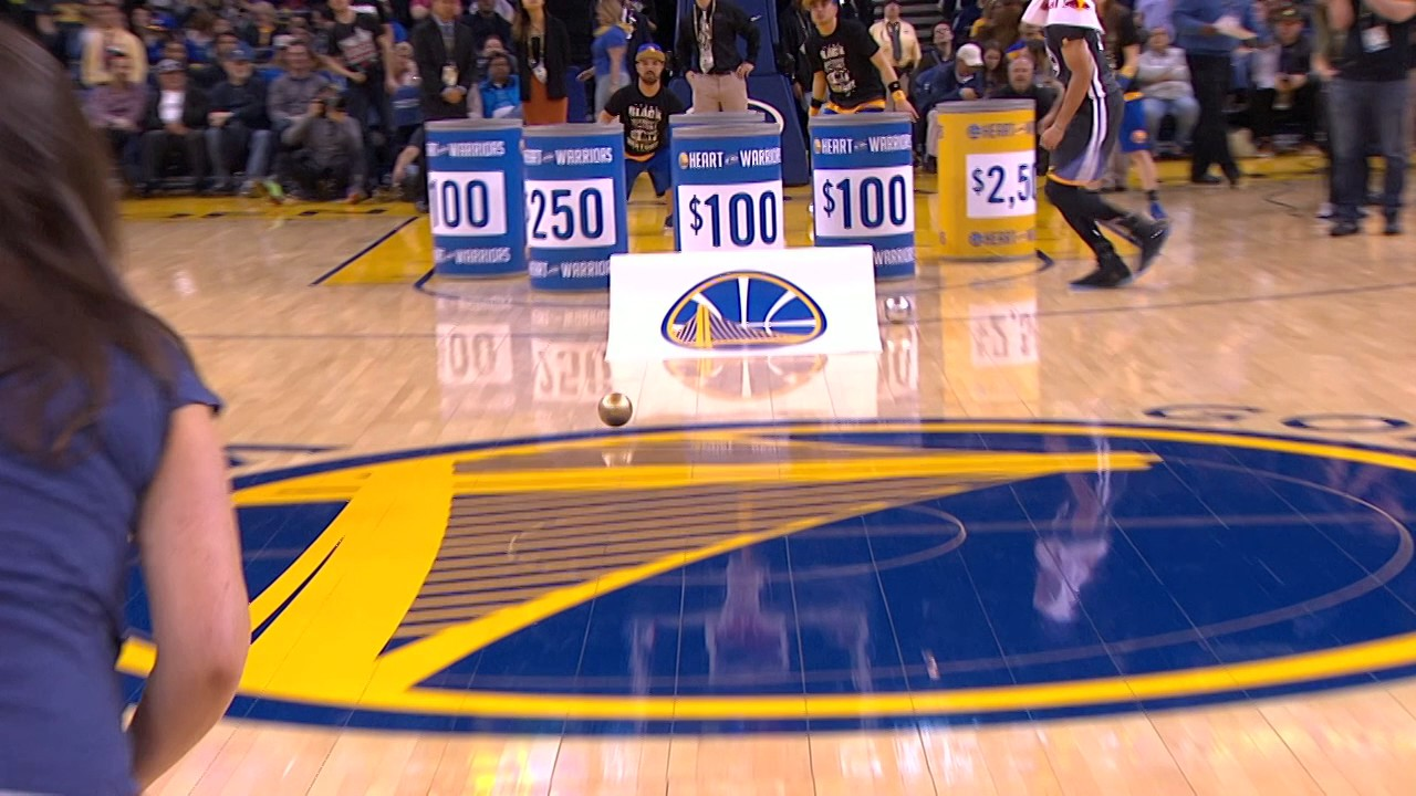 Warriors fan wins $5,000 with an assist from Stephen Curry