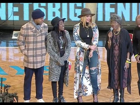 Biggie Smalls' mother Violetta Wallace addresses Brooklyn Nets crowd