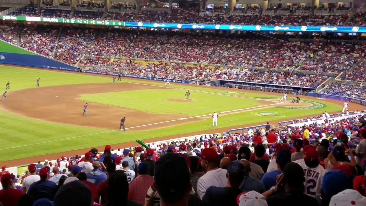 Dominican Republic fans chant