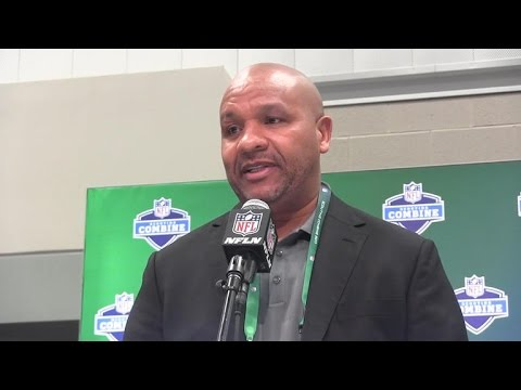 Hue Jackson talks Myles Garrett & Deshaun Watson's comments about Browns trading with Cowboys