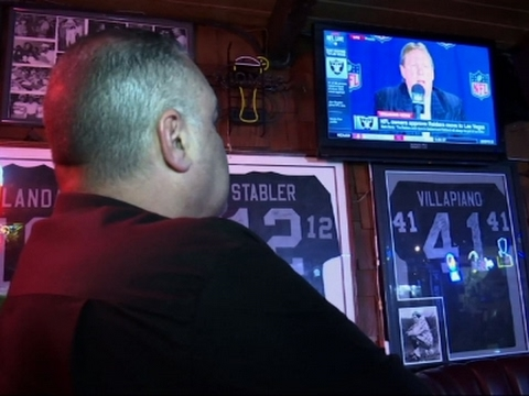 Oakland Raiders fans react to Raiders moving to Las Vegas