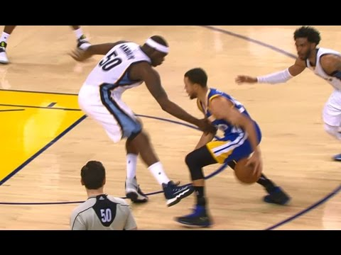 Stephen Curry with a beautiful crossover & behind the back pass Hockey assist