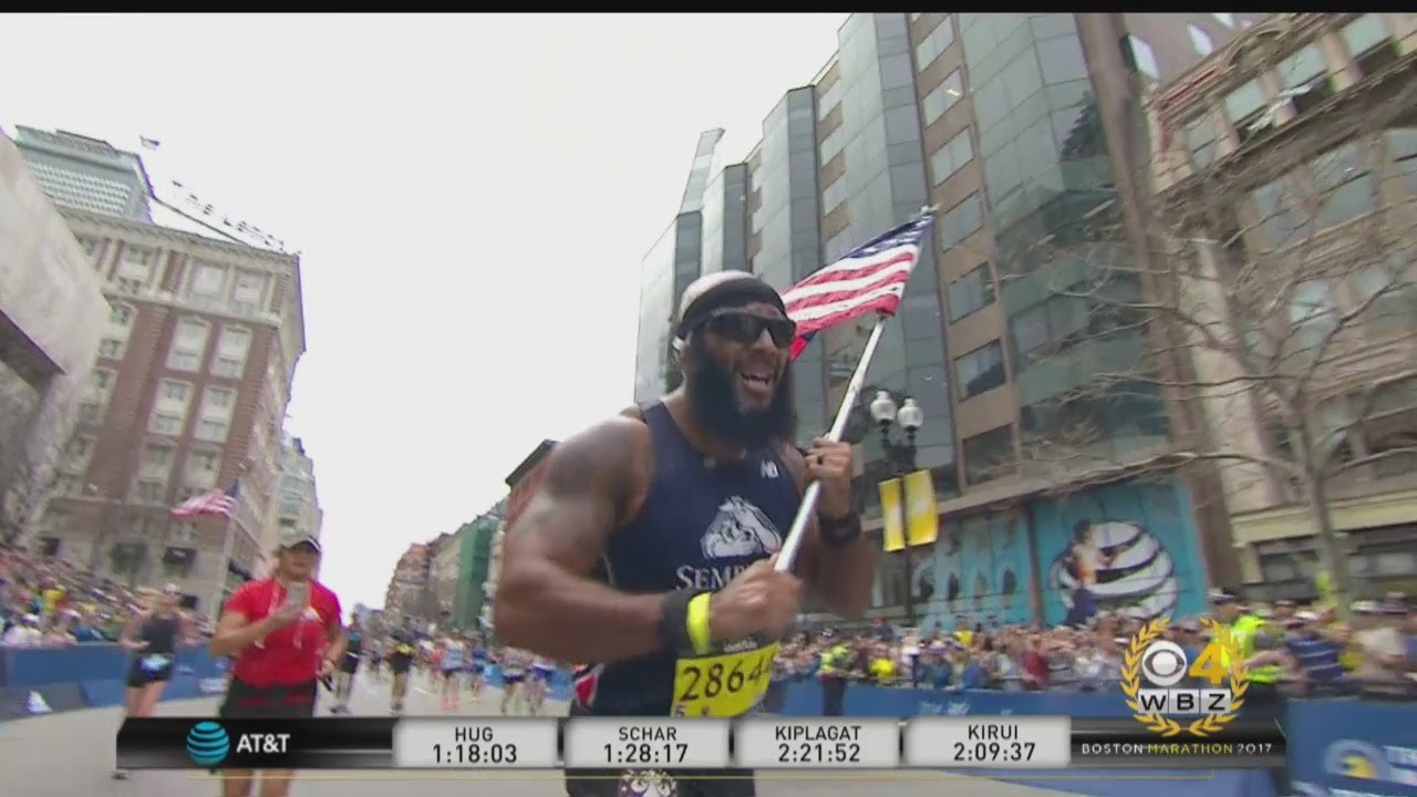 Marine amputee Jose Sanchez finishes Boston Marathon waving American Flag