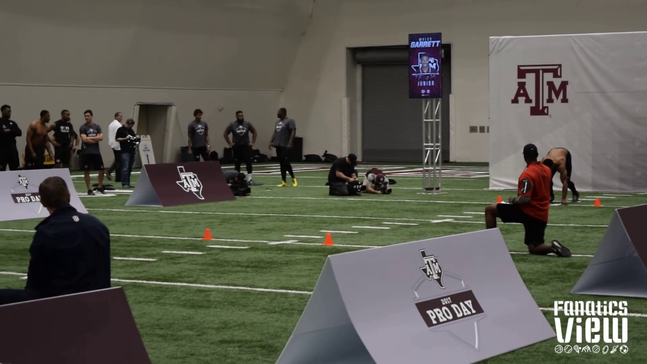 Myles Garrett's 40 yard dash at Texas A&M's Pro Day (Higher Quality)