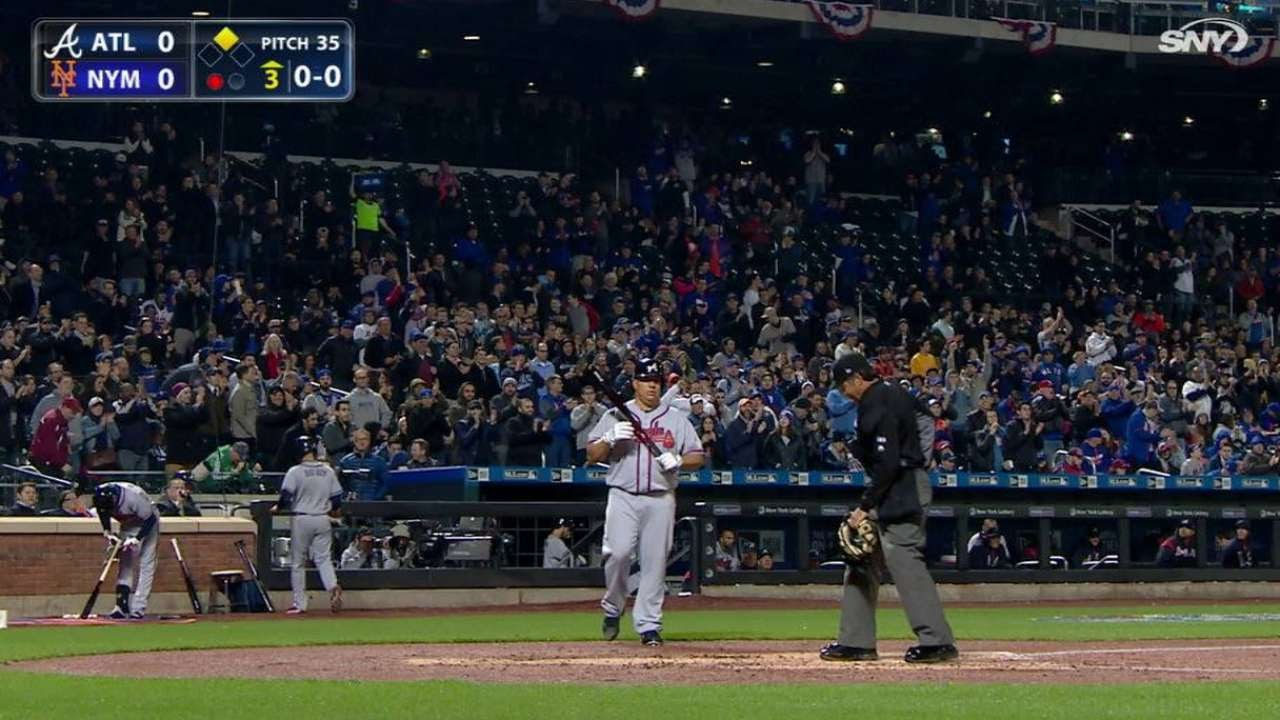 Return For Big Sexy: Bartolo Colon gets a standing ovation from the New York faithful