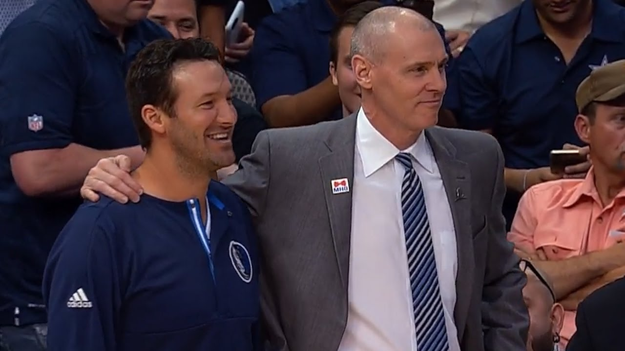 Tony Romo almost enters Dallas Mavericks game but Mark Cuban pulls him back