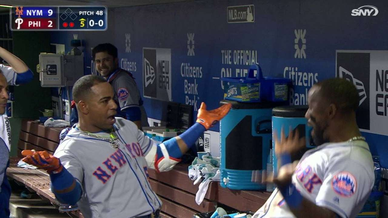 Yoenis Cespedes belts 3 homers vs. Philadelphia