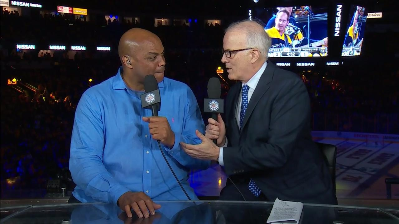Charles Barkley hilariously interrupts Wayne Gretzky's press conference