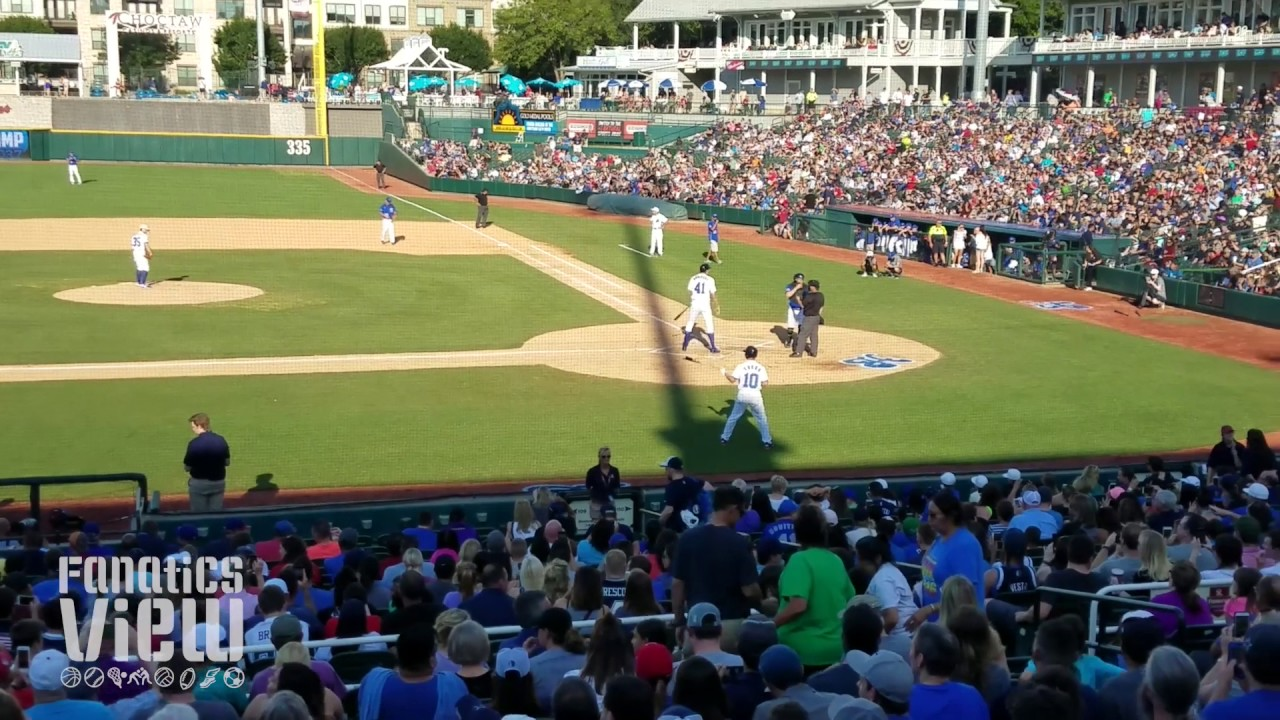 Dirk Nowitzki rips a single at Heroes Baseball 2017