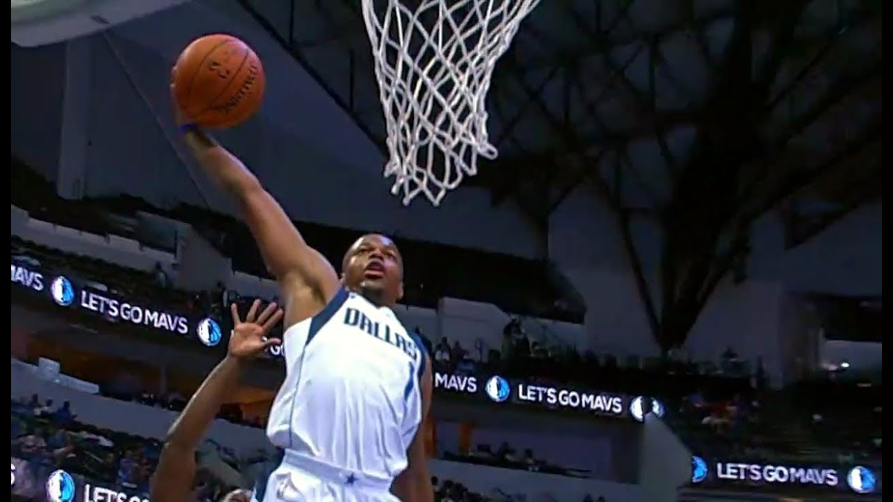 Dennis Smith Jr. clears the runway and takes flight