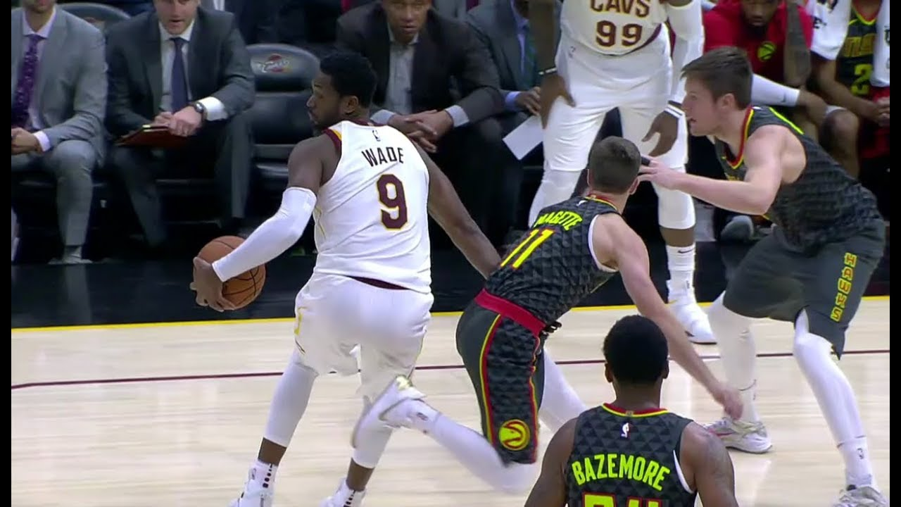 Dwyane Wade with the beautiful spin move in Cleveland debut