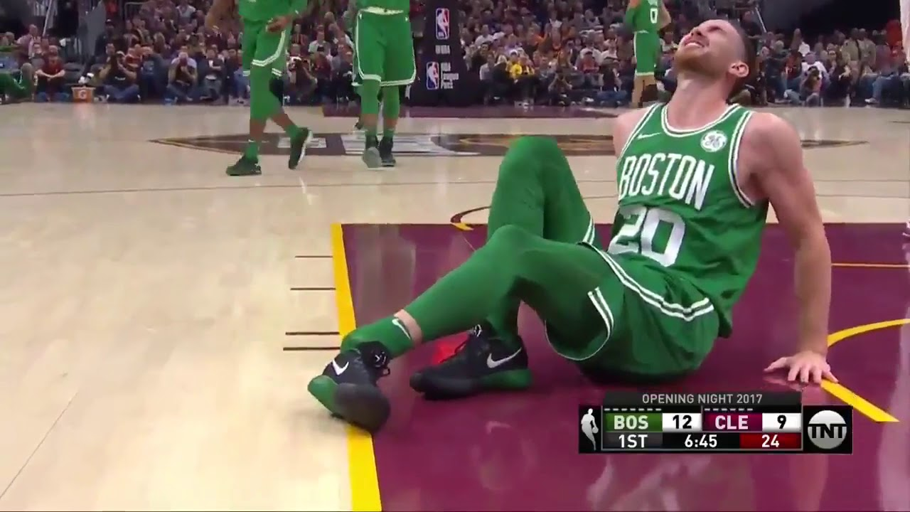 Gordon Hayward goes down with gruesome injury