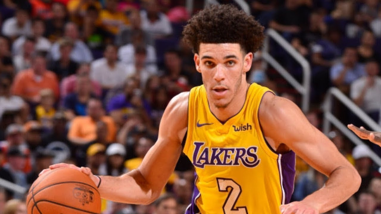 Lonzo Ball bounces back in Phoenix with a near triple double