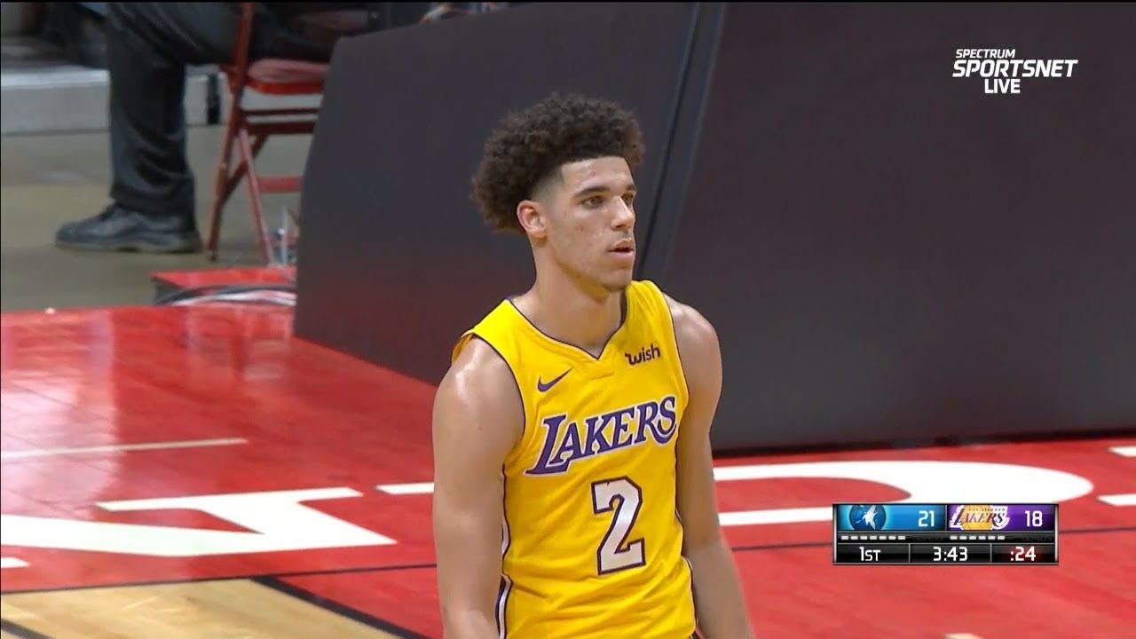 Lonzo Ball drains his first NBA 3-pointer