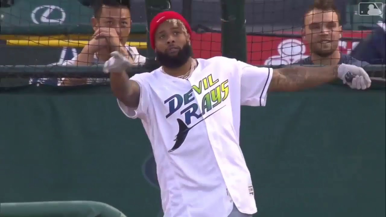 Odell Beckham Jr. Takes Batting Practice in Anaheim