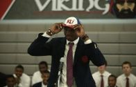 Top recruit Carlton Bragg goofs when announcing which school he'll be playing for next year
