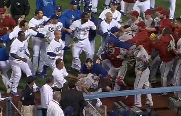 Massive brawl between the LA Dodgers & Arizona Diamondbacks (Throwback Thursday)