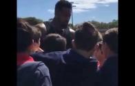 Cardinals' DT Darnell Dockett tells kids to avoid drugs, the strip club & to get a girlfriend