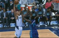 Richard Jefferson with a massive posterization that didn't count
