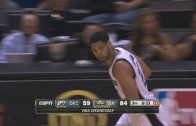 Tim Duncan hits rare 3-pointer after bet from friend